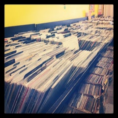 Photo taken at Smash Records by Jessica S. on 7/29/2012