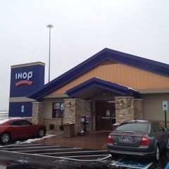 Photo taken at IHOP by Kevin on 12/27/2011