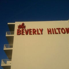 Photo taken at The Beverly Hilton by Edward H. on 3/23/2012