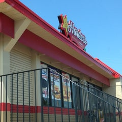 Photo taken at Hardee's / Red Burrito by D W. on 7/29/2012