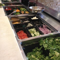 Photo taken at Doc Green's Gourmet Salads and Grill by Patrick on 7/19/2012
