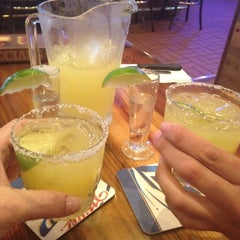 Photo taken at Miller's Coral Gables Ale House by Esteicy on 5/4/2012
