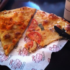 Photo taken at Flippin Pizza by Jess H. on 9/9/2012