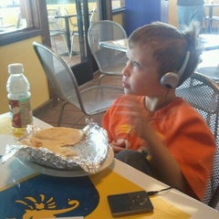 Photo taken at La Casita Mexican Grill by Rudy V. on 4/14/2012