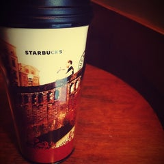 Photo taken at Starbucks (สตาร์บัคส์) by imBoOkiiez T. on 4/11/2012