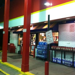 Photo taken at Sheetz by Steve G. M. on 3/26/2012