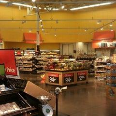 Photo taken at Walmart Supercenter by Laurentino Nieves @. on 10/16/2011
