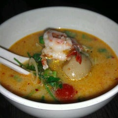 Photo taken at Tuk Tuk Thai by Karl L. on 9/25/2011