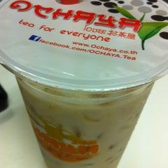 Photo taken at OCHAYA (โอชายะ) お茶屋 by Nanaki M. on 4/19/2012
