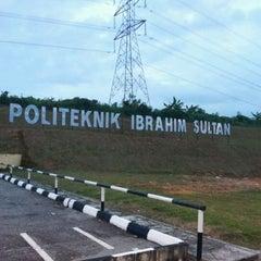Photo taken at Politeknik Ibrahim Sultan by zyx a. on 12/16/2011