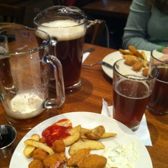 Photo taken at Granite City Food & Brewery by 👾Leif W. on 3/11/2012