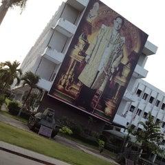 Photo taken at โรงเรียนรักษาดินแดน (Territorial Defense School) by Jaded N. on 6/12/2012