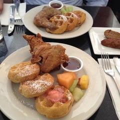Photo taken at Melba's American Comfort Food by Yeana K. on 4/8/2012