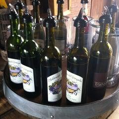 Photo taken at Hiddencroft Vineyards by VMin C. on 9/1/2012