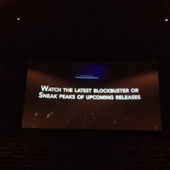 Photo taken at Farmingdale Multiplex Cinemas by Todd B. on 9/11/2012
