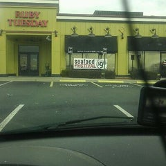 Photo taken at Ruby Tuesday by Ian M. on 1/1/2012