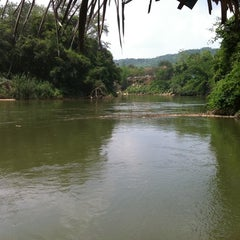 Photo taken at Sai yok river house by Opor P. on 4/13/2011