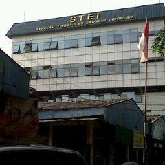 Photo taken at Stie Indonesia (kampus A) by Wiaa A. on 10/18/2011