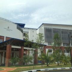Photo taken at Pusat Latihan Polis (Pulapol) by amet a. on 5/7/2012
