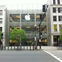 Photo taken at Apple Store, Boylston Street by iGonzos on 5/13/2012
