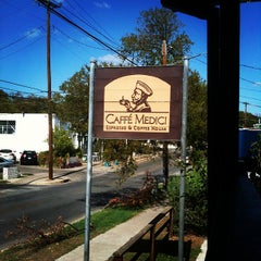 Photo taken at Caffé Medici by Dan M. on 10/25/2011