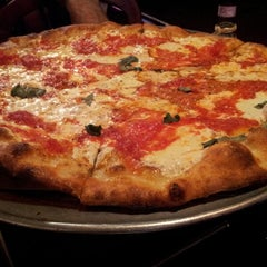 Photo taken at Agnellos Brick Oven Pizza by Rob R. on 10/26/2011