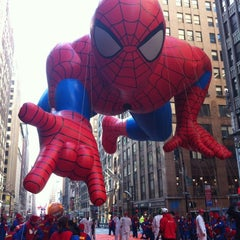 Photo taken at Macy's Thanksgiving Day Parade by Jen G. on 11/30/2011