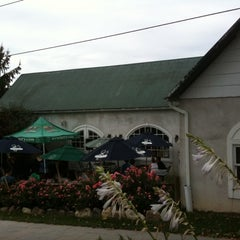 Photo taken at Warwick Valley Winery & Distillery by stephen h. on 9/3/2012