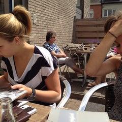 Photo taken at Manjefiek Brasserie by Lieselot H. on 6/23/2012