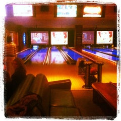 Photo taken at Lucky Strike Chicago by Jeff B. on 3/1/2012