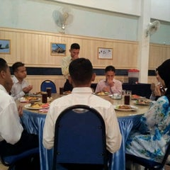 Photo taken at Oficcer's Mess,Labuan Airbase. by anip skywalker t. on 7/26/2012
