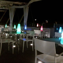 Photo taken at Hi-Res Restaurant & Terrace Lounge by Yener E. on 8/20/2012