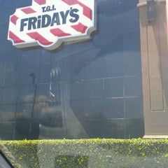 Photo taken at TGI Fridays by Deona H. on 6/22/2012