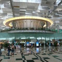 Photo taken at Singapore Changi Airport (SIN) by Chiharu N. on 5/26/2012