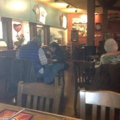 Photo taken at Dooley's Southern Style Pizza Kitchen by Greg D. on 2/14/2012