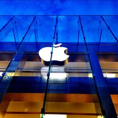 Photo taken at Apple Store, Boylston Street by Brandon S. on 8/27/2012