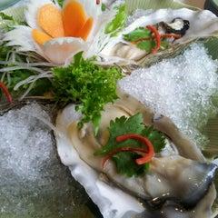 Photo taken at Busaba Thai Restaurant by Eileen Y. on 6/9/2012