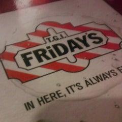 Photo taken at TGI Fridays by Dre on 6/12/2012