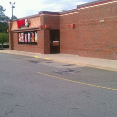 Photo taken at Wendy's by David C. on 9/30/2011