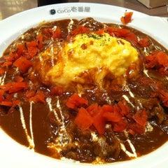 Photo taken at CoCoICHIBANYA (โคโค่อิฉิบันยะ) by Patsavee S. on 6/10/2012