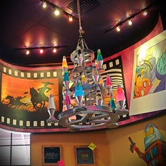 Photo taken at Mellow Mushroom by Amy P. on 5/17/2012