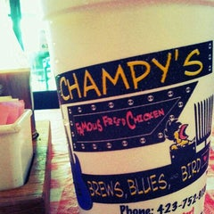 Photo taken at Champy's Famous Fried Chicken by Alison S. on 8/30/2011