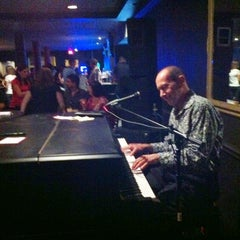 Photo taken at The Tap Room by  Drew B. on 11/29/2011