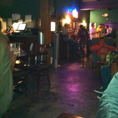 Photo taken at Mo's Pub & Eatery by Gwen J. on 7/22/2012