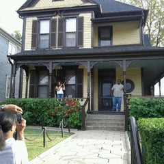 Photo taken at Dr Martin Luther King Jr National Historic Site by darius m. on 10/8/2011