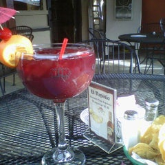 Photo taken at El Tapatio by Absolute Concierge S. on 3/16/2011