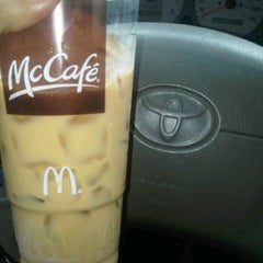 Photo taken at McDonald's by fatima morell on 11/10/2011
