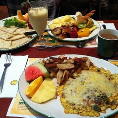 Photo taken at Cora's by Carlo M G. on 4/14/2012