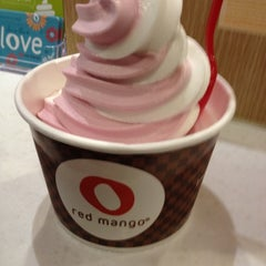 Photo taken at Red Mango by M A. on 5/26/2012