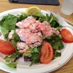 Photo taken at Pelly's Cafe & Fish Market by Jeanine M. on 8/29/2012
